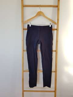 Forcast Chinos Pants Size 6 Navy