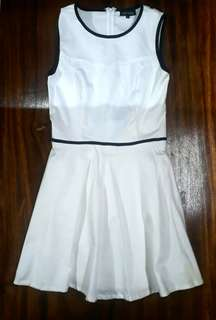 (SALE!!) Zalora White Dress with Angel Wing Back Detail