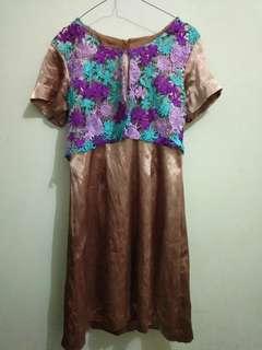 #maudecay Dress pendek brokat