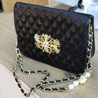 Phillip Plein - lamb skin mono quilted shoulder bag with gold hardware and signature PP skull detailing