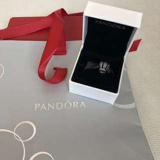 SALE 1000- Pandora crown charm