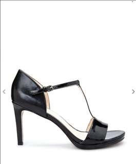 (50% off) Nine West Makeup Heeled Sandals