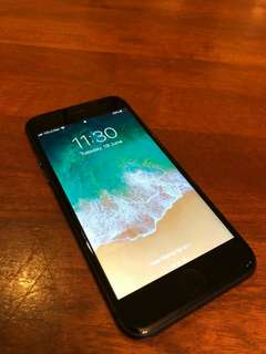 Apple iPhone 8 64GB Space Gray [LIKE NEW]