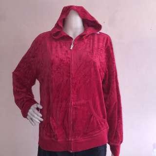 CERVELLE red fleece sweatshirt with hood and zipper fits medium large