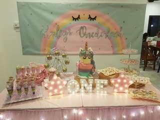 🚚 Dessert table (all dessert included)