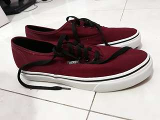 Vans Authentic Maroon Black