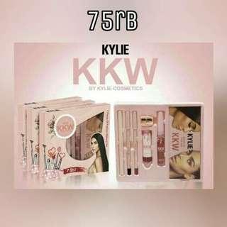 Kylie Set Make Up 7in1