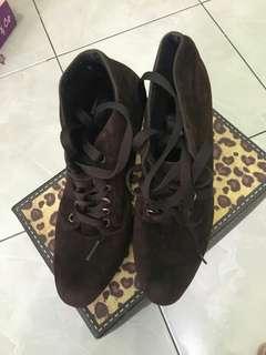 Boots cokelat