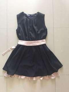Black Dress 黑裙