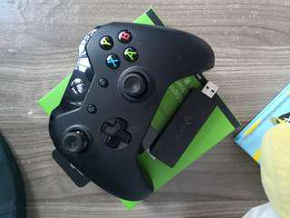 Xbox One Controller with adapter