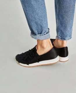 Zara 花卉裝飾運動鞋