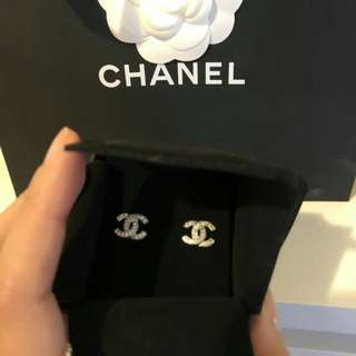 White gold chanel earings never worn brought as gift