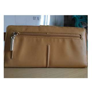 Almost new Kenneth Cole Wallet