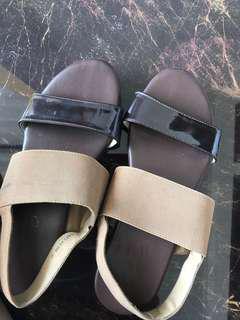 Sepatu merk fladeo