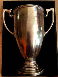 "1981 Vintage Sterling Silver (Purity 92.5%) Trophy Cup ""PENANG TURF CLUB - YANG DIPERTUA NEGRI GOLD CUP MEETING 1984/85 - PESTA PULAU PINANG CUP"". Hallmarked - 22.5 Cm Height (Large) & 782.5 Grs Weight (Heavy)."