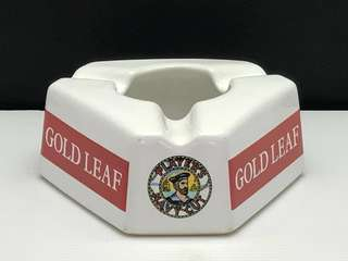 GOLD LEAF PLAYER'S NAVY CUT ASHTRAY