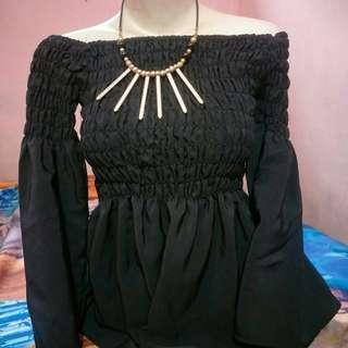 Baju kerut hitam
