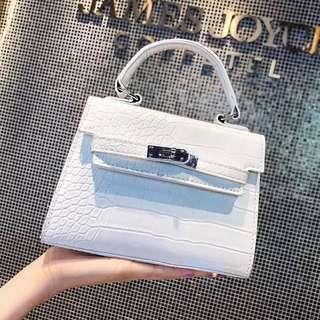 💥H016 女包-韓版新款鱷魚紋手提小方包 女包 斜背包 側背包 肩包