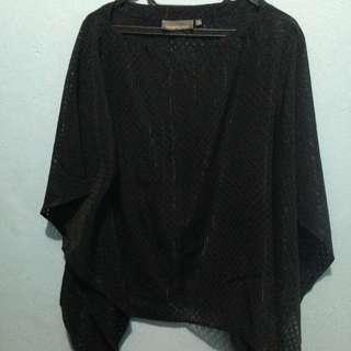 Vesperine black kimono batwing