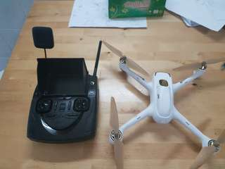 Hubsan H501s with upgrade and 3 batteries