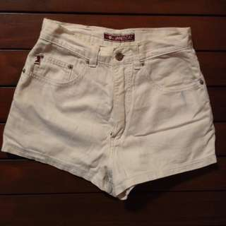 High Waisted Shorts 2 - Preloved
