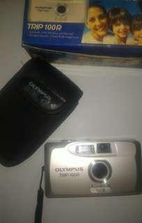 Kamera Analog Olympus Trip 100r