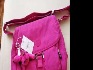 Orig-Kipling Very Berry New Rita
