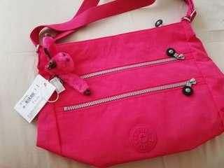 Orig-Kipling Zelenka Vibrant Pink