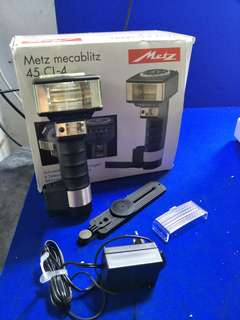 Metz mecablitz 45 CT-3 Handle Mount Flash @$100 @B3/2