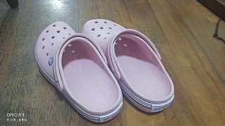 🚚 【crocs】基本款-新顏色(粉色)-尺寸(24號)👉$1000👈