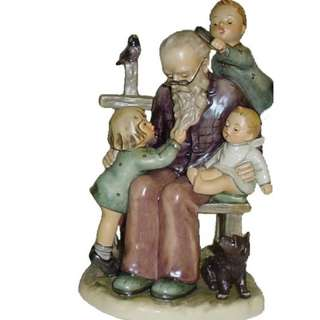 "Goebel Hummel Figurine ""At Grandpa's"" #07076 TMK 7"