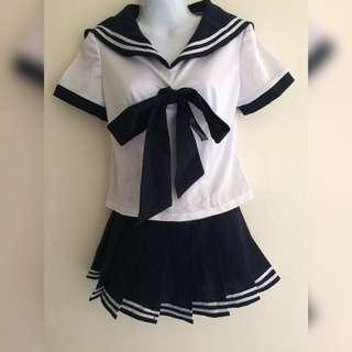 少女水手服