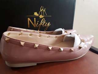 Nifty Sienna shoes in Taupe