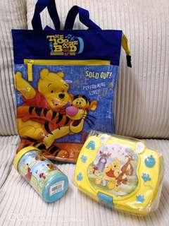 1 set of Winnie the Pooh
