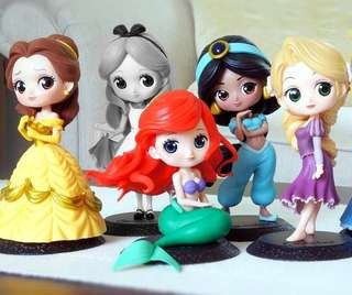 DISNEY PRINCESSES cute toy figures collection by Q Posket, Japan