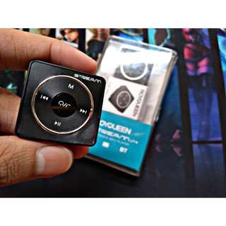Royqueen Stream MP3 Player with Bluetooth