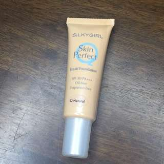 [Authentic] SilkyGirl Skin Perfect Liquid Foundation (02-Natural)