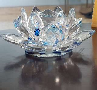Fengshui Blue lotus crystal