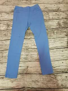 🚚 藍色內搭褲