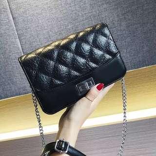 💥H020 女包-韓版新款時尚百搭撞色寬帶小方包 女包 肩包 手提包