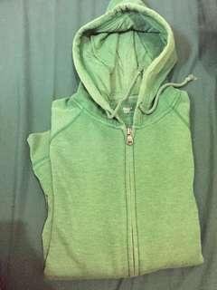 Zipper gap green
