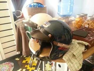 Helmet lama jual 2 bijik sekali