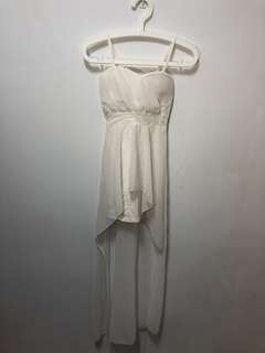 🚚 二手 白色飄逸小禮服