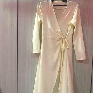 Dress / outerwear  inspired olloum