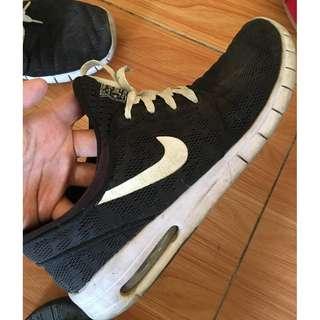 Nike Janoski Max (Size 10)