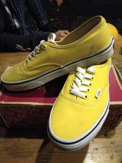 Vans authentic yellow 💯 original size 40,5