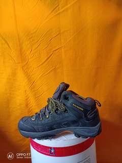 Sepatu gunung Black mountain original