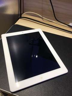 Apple iPad 2 WiFi 16GB (white) #248