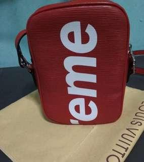 Supreme sling Bag!
