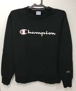 Sweater Champion Hitam